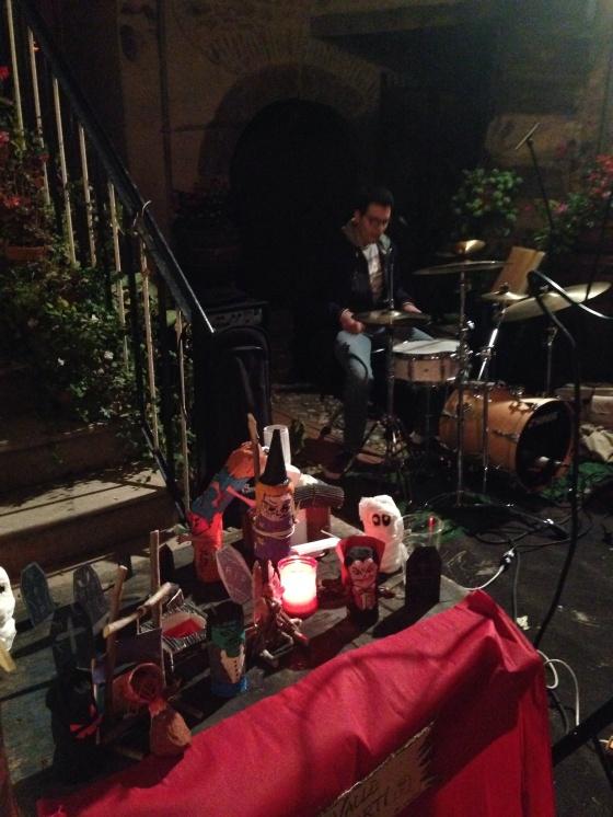 Live music ! Música ao vivo !