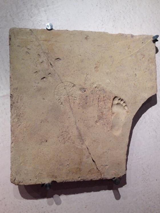Foot print of a Roman child Pezinho de uma criança Romana